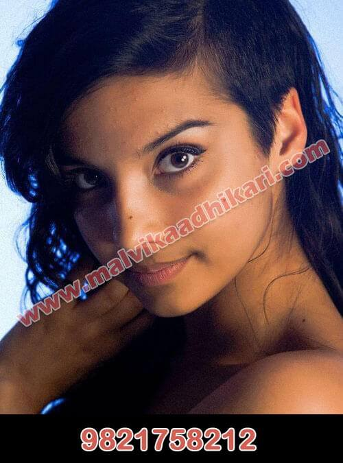 Shelly Ahuja - hot and attractive call girl in Chennai